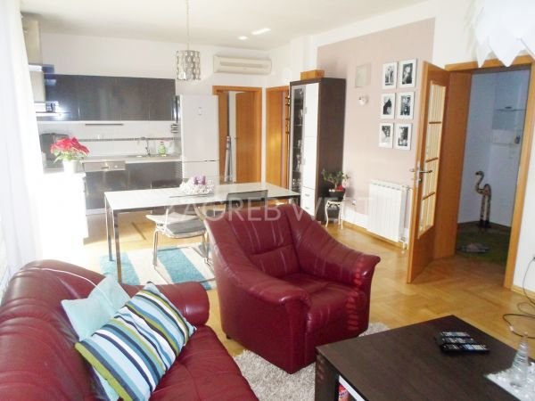 Flat in a house, Sale, Zagreb, Maksimir